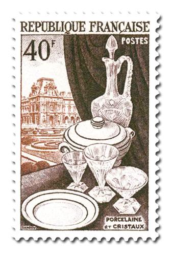 Porcelaine, Cristaux et le Louvre
